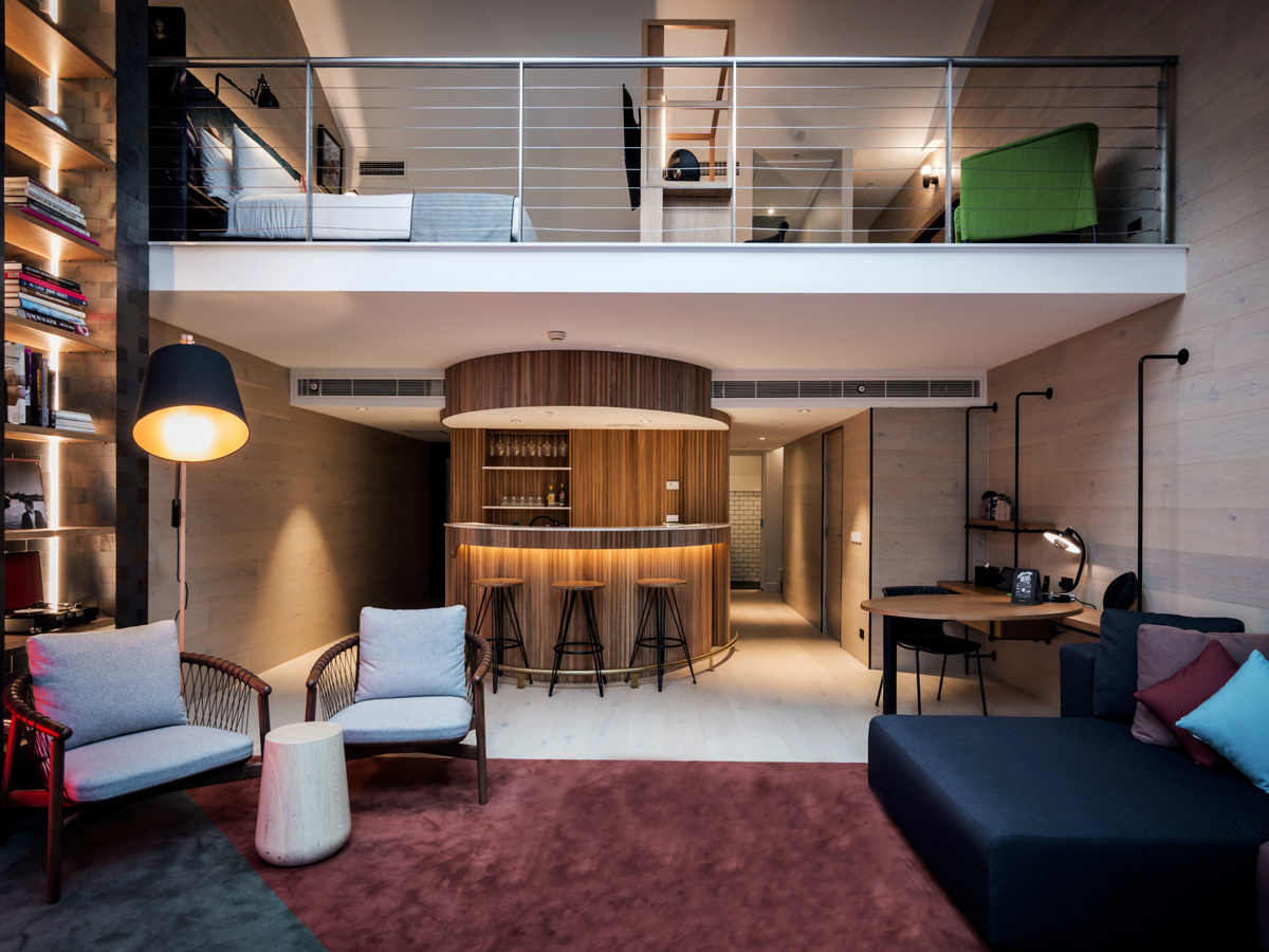 Ovolo Ultraroo room