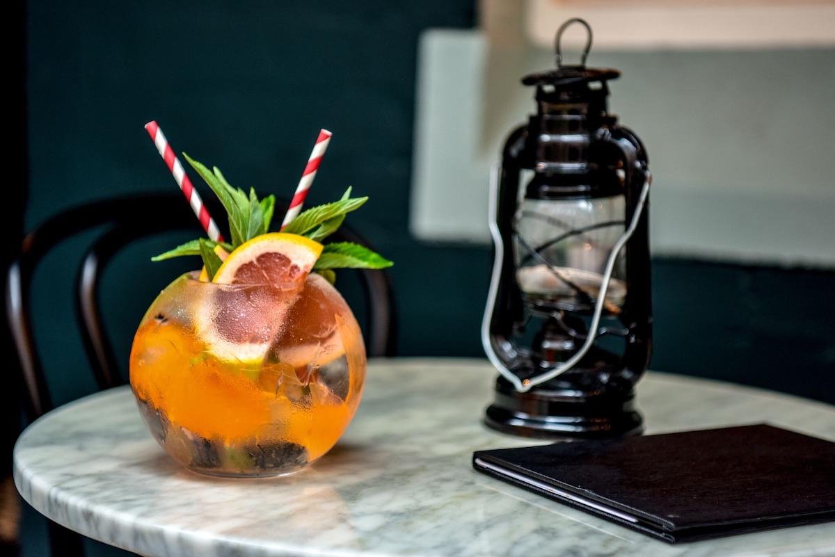 Gin Lane: Fishbowl G&T