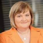 Photo of Louise Dudley - CEO of Queensland Urban Utilities