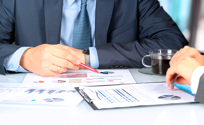 Selecting the right financial adviser for you