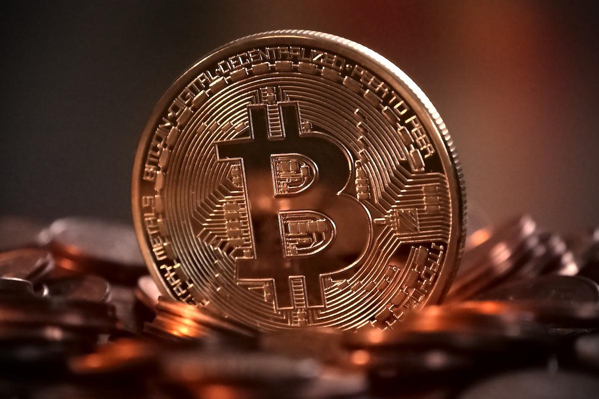 Goldman Sachs considers Bitcoin trading