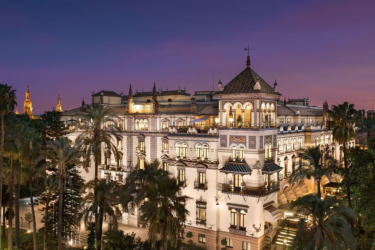 Hotel Alfonso XIII's architecture
