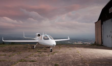 Flaris – the 'world's smallest business jet'
