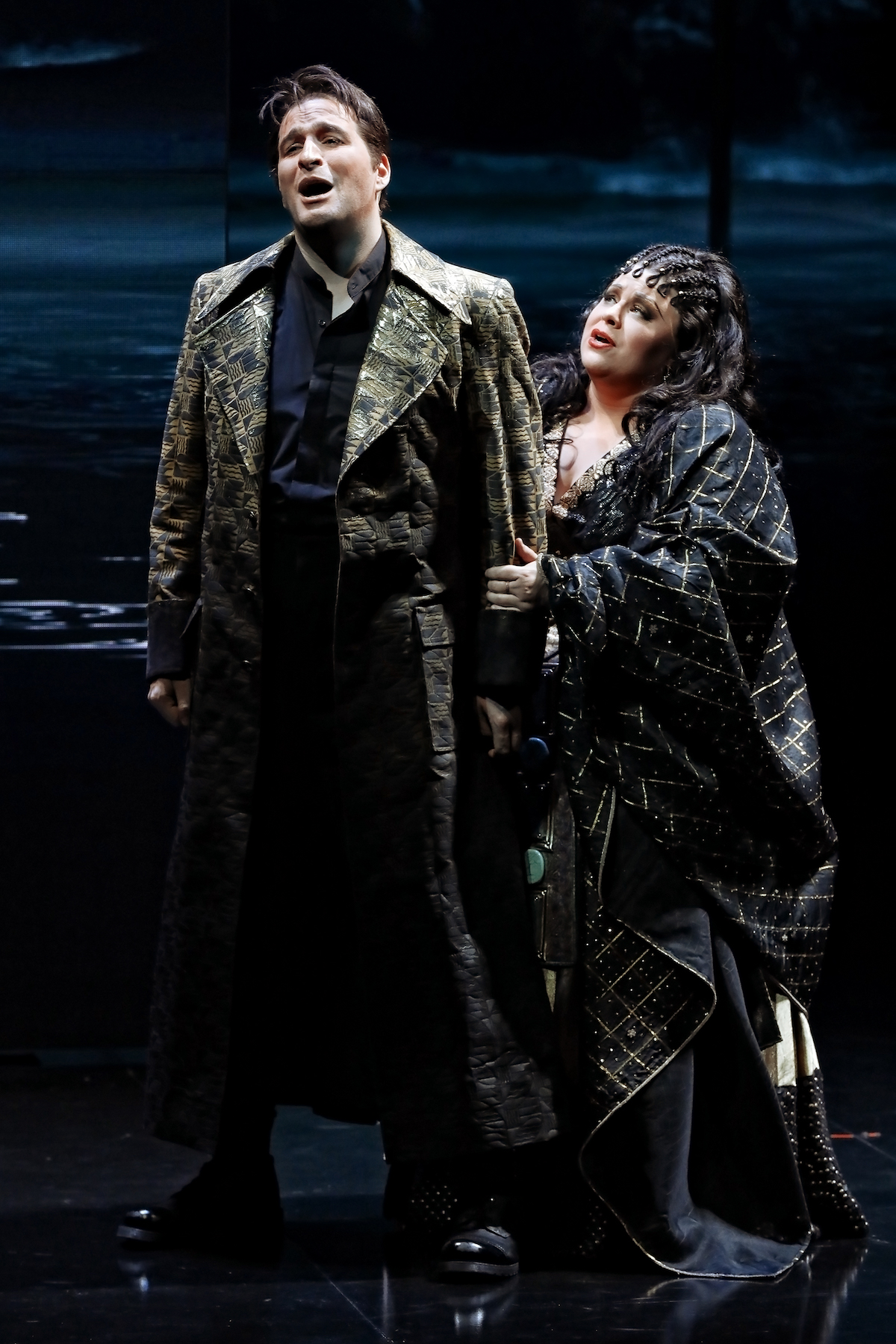 Amber Wagner (Aida) and Riccardo Massi (Radamès) in Opera Australia's 2018 production of Aida
