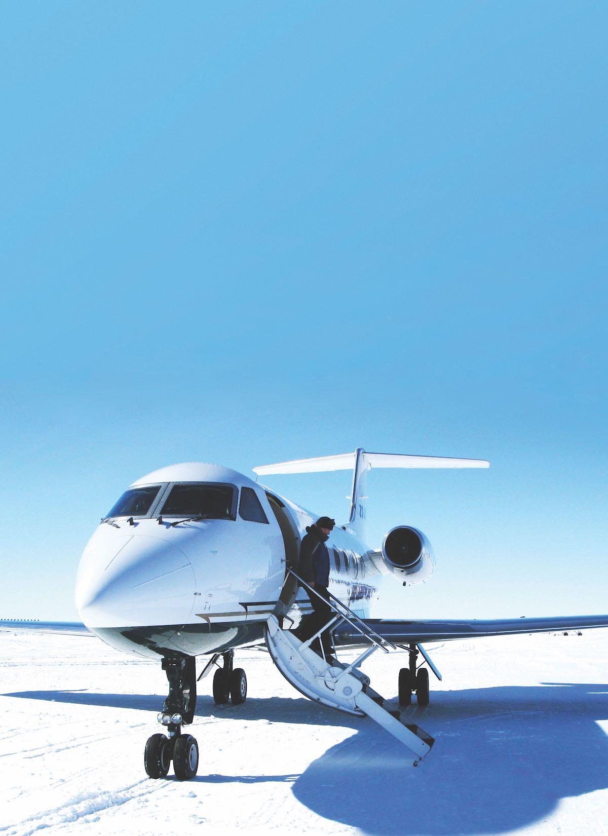 Jet to Antarctica