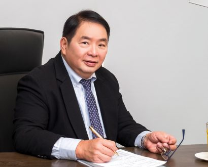 Robert Lo CEO & President of RDF Feed Livestock & Foods Inc.