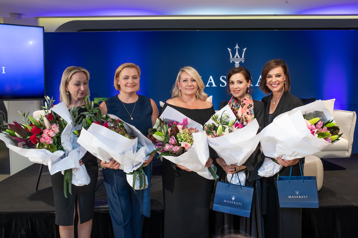 Katarina Kroslakova, Director, Primary Ideas; Sarah Harding, Head of Residential, Knight Frank Australia; Susan Armstrong, Content Director, The CEO Magazine, Tina Arena, award-winning singer-songwriter; Natarsha Belling, National News Presenter