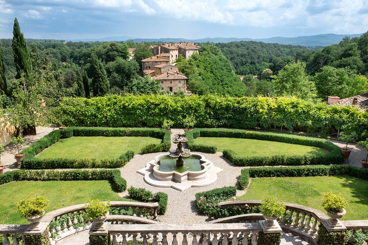 il-borro-tuscany-estate-ferragamo-italy