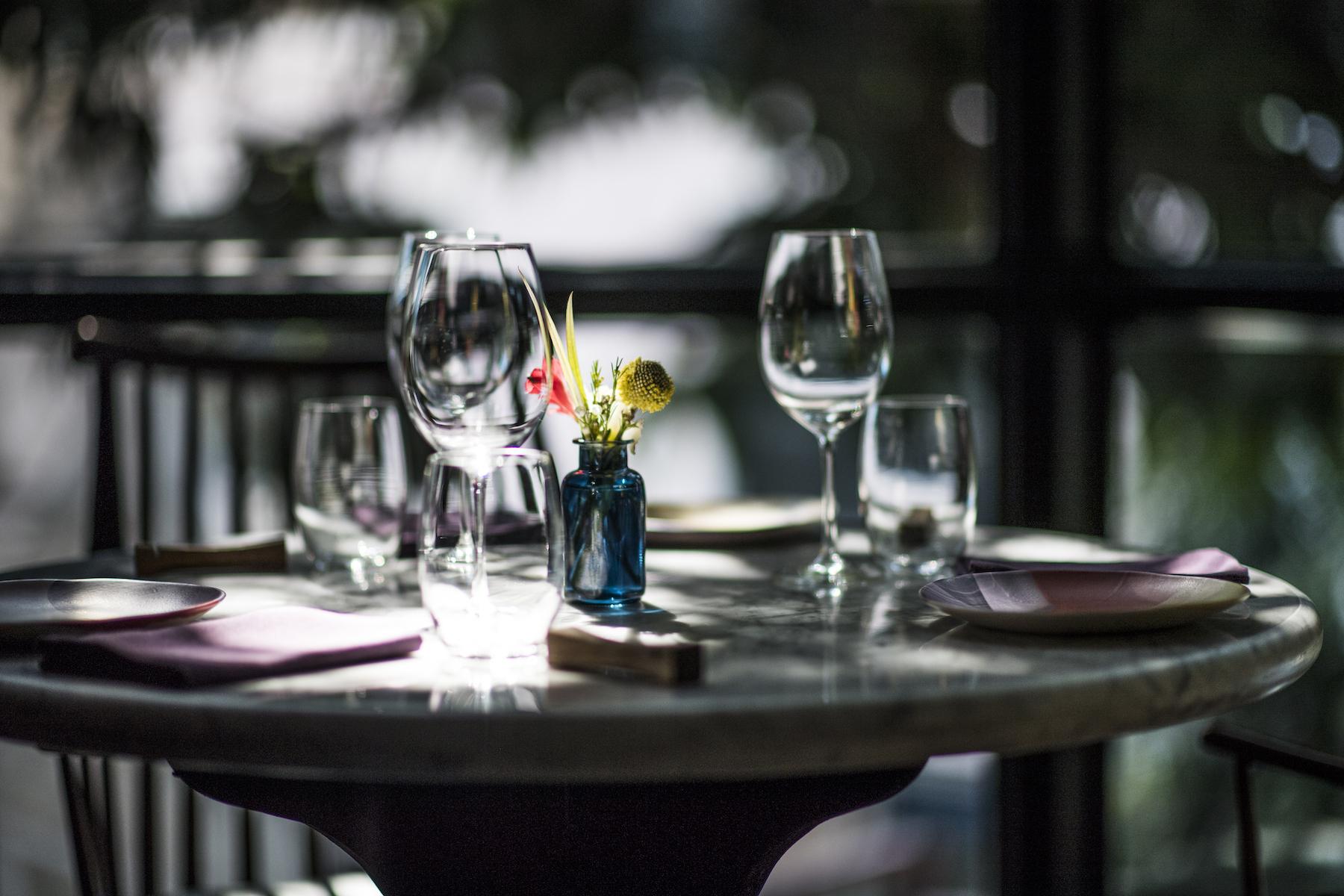 Table setting at Gaa
