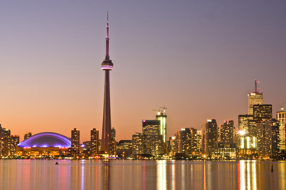 What to eat, drink and do on a stopover in Toronto