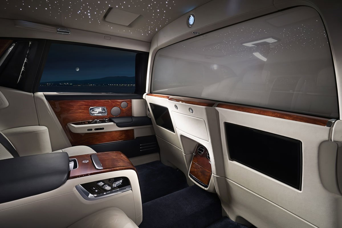 Inside Rolls Royce S A 150 000 Option For The Latest Phantom