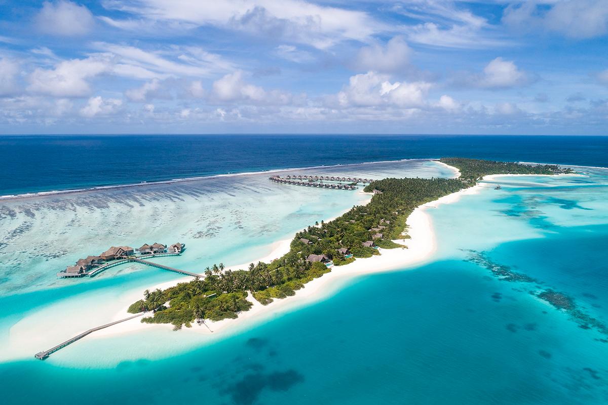 Private islands buyout Niyama
